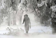 PROGNOZA METEO. Vreme rece în următoarele trei zile. NINSORI la munte, PLOI şi POLEI, în sud