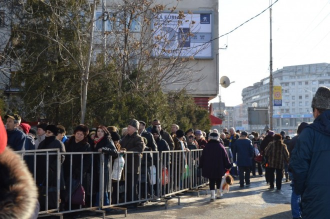 Incidente la slujba de Bobotează de la Catedrala din Ploiești