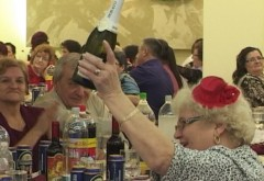 Revelionul pensionarilor, organizat de Primaria Ploiesti