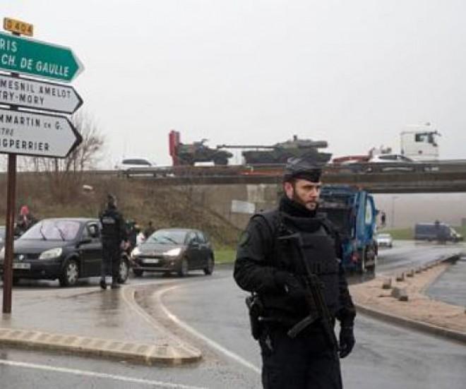Încă un ATENTAT LA PARIS! Teroriştii au luat ostatici la o tipografie