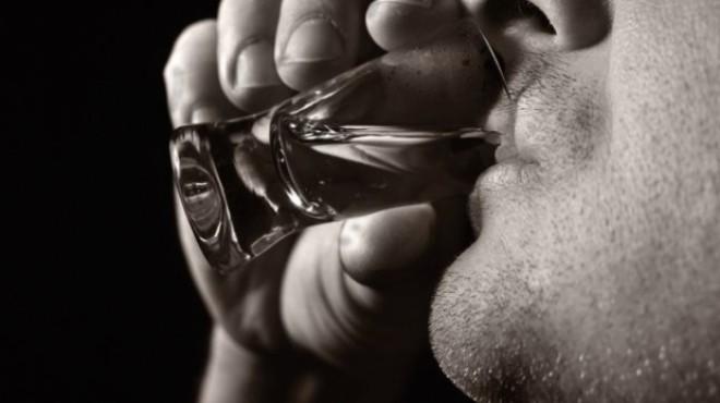 ALCOOL METILIC, vândut în loc de alcool de consum. Trei persoane AU MURIT, alte trei sunt la spital
