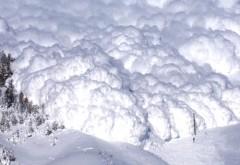 RISC RIDICAT de avalanşe în munţii Bucegi, Făgăraş şi Călimani