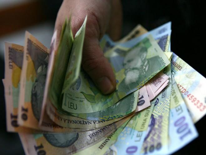 VESTE BUNĂ. Pensionarii vor primi bani în plus la pensie