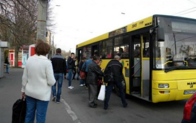 Două trasee RATP vor fi SUSPENDATE