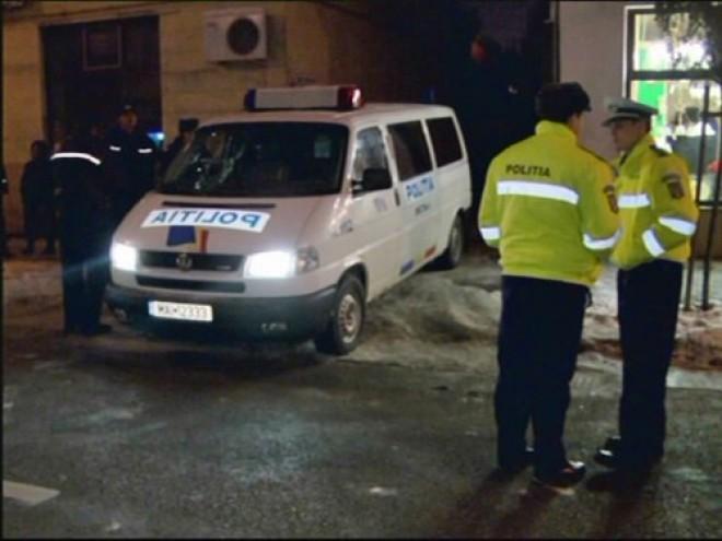 Un poliţist a AGRESAT un jandarm la Urlaţi