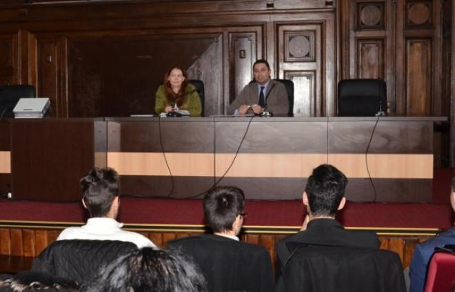 Bogdan Toader le-a vorbit elevilor din Ploieşti. Află despre ce