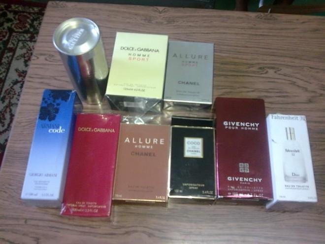 DOSAR PENAL pentru o tânără din Ploieşti care comercializa parfumuri contrafăcute