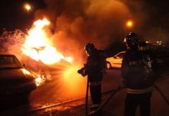 O maşină a luat foc pe strada Republicii din Ploieşti
