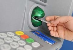 Comisioanele la tranzacţiile cu cardul, afişate pe ecranele bancomatelor. Măsura va fi aplicată de marţi