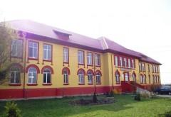 Ce a declarat la Poliţie profesorul din Valea Călugărească acuzat de hărţuire sexuală