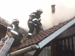 Incendiu PUTERNIC în Bereasca