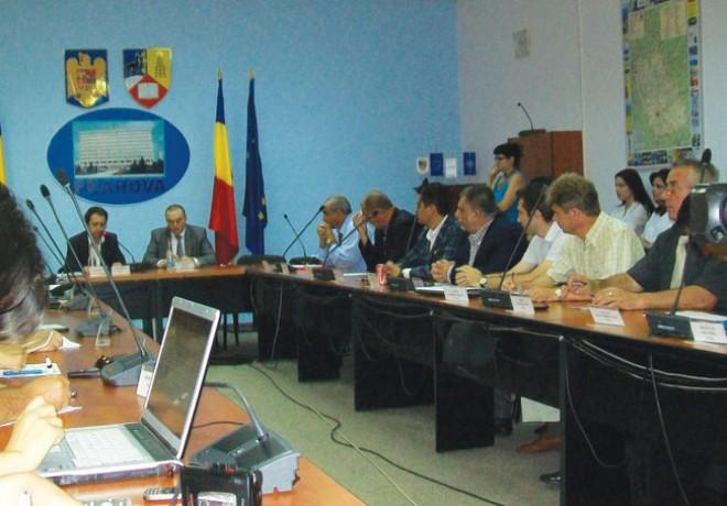 Consiliul Local Ploieşti, parte civilă în dosarul în care Iulian Bădescu a fost ARESTAT