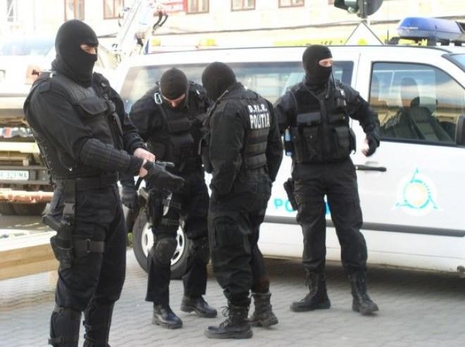 PERCHEZIȚII în Prahova la persoane bănuite de EVAZIUNE și CONTRABANDĂ