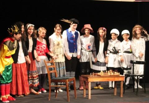 Festivalul Național al Teatrelor de Revista pentru copii, in acest weekend, la Bușteni