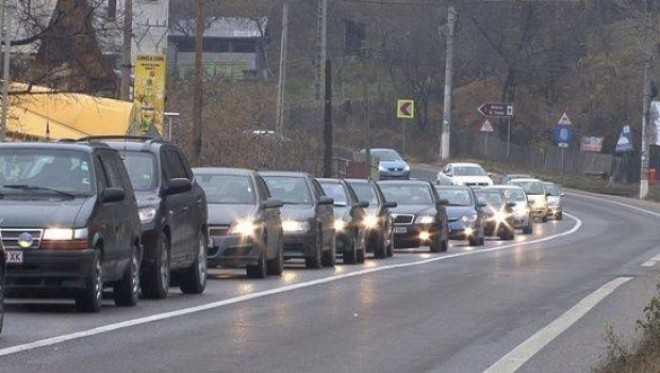 A început RECENSĂMÂNTUL rutier. Vor fi numărate toate vehiculele, inclusiv bicicletele şi căruţele