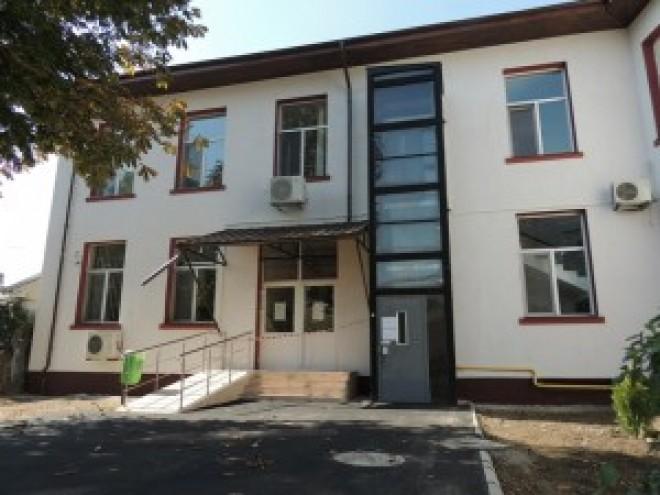 INCREDIBIL! Lucrările la Spitalul Schuller Ploiești, lăsate baltă de constructor VIDEO