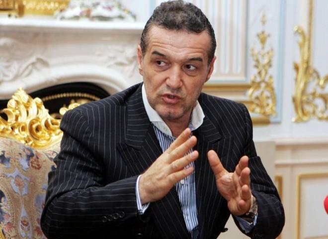 Gigi Becali dă o SUPER LOVITURĂ. Este MUTAREA-BOMBĂ a anului 2015