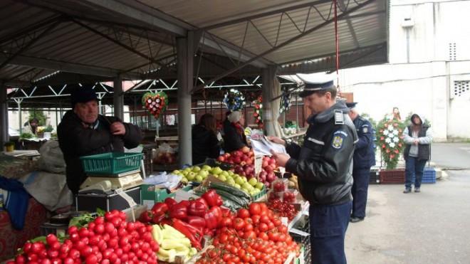CONTROALE în Piața Nord din Ploiești. Ce au descoperit polițiștii locali
