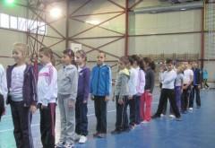 Elevii vor face TREI ORE OBLIGATORII de sport pe săptămână