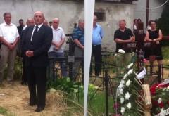 Mircea Cosma a recitat o poezie la înmormântarea primarului Vasile Dascălu VIDEO
