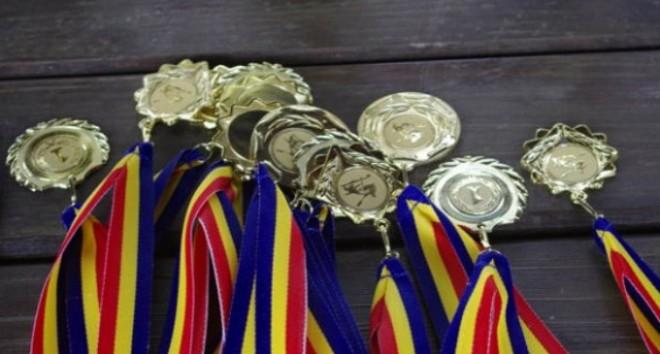 Olimpicii din Ploieşti, premiaţi de primarul interimar Iulian Teodorescu