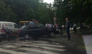 Accident SPECTACULOS pe Bulevardul Castanilor din Ploieşti FOTO