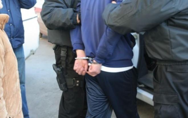 Tâlhar condamnat la închisoare, prins într-o locuinţă din Ploieşti