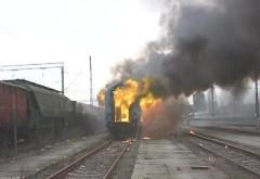 Un tren încărcat cu ţiţei care trebuia să ajungă la Ploiești a luat FOC