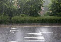 PROGNOZA METEO pe două săptămâni. Ploi abundente şi temperaturi scăzute