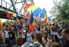 Tinerii basarabeni au ajuns la Bucureşti în MARŞUL UNIRII