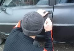 INCREDIBIL. Un copil de 12 ani din Ploiești a spart o mașină