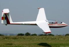 Planorul dispărut în Predeal căutat cu 11 aeronave, două drone şi peste 1.350 de oameni