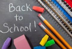 Noul an şcolar începe luni, vacanţa de iarnă va fi mai lungă cu o săptămână