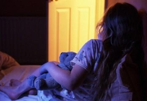 O fetiţă de 11 ani din Proviţa de Sus a fost VIOLATĂ de un vecin