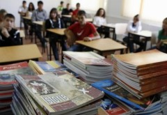 Programele şcolare, REVIZUITE la toate materiile pentru clasele V-IX, din 2017