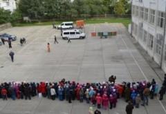 Anunţ-şoc al premierului Sorin Cîmpeanu: Doar 7 la sută din şcoli au autorizaţie de la pompieri