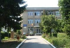 """Târgul firmelor de exerciţiu, organizat la Colegiul Economic """"Virgil Madgearu"""" din Ploieşti"""