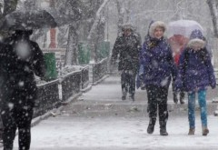 COD GALBEN şi PORTOCALIU de ploi, vijelii şi ninsori