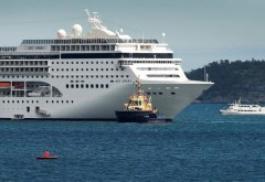 Dezastru pe un vas de croazieră: Opt ROMÂNI se aflau la bordul navei