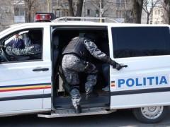 DESCINDERI la talharii din Prahova. Politistii au mandate de aducere