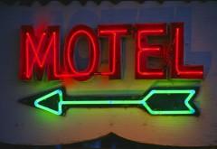 Ce NEREGULI au depistat politistii la un motel din Blejoi
