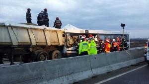 Cel mai grav accident din 2016 in Romania. 14 victime rămân internate