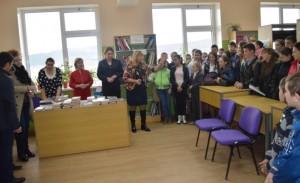 Autorităţile din Prahova au donat zeci de cărţi unei şcoli din Raionul Hânceşti FOTO