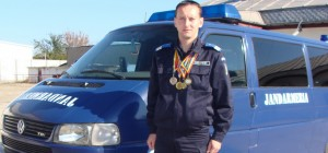Jandarmul care participa la maratonul in memoria victimelor de la Bruxelles ajunge in Ploiesti