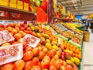 Alimentele ajung si de 5 ORI mai scumpe pe rafturile magazinelor. Producatorii cer o lege speciala