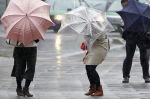Cod galben de furtuni și ploi torențiale în Prahova