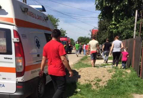 Zece răniţi după prăbuşirea podeţului din Plopu au fost transportaţi la SPITAL JUDEŢEAN