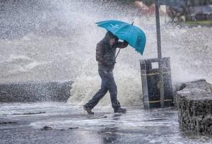 COD GALBEN de ploi şi descărcări electrice în Prahova