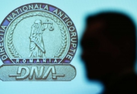 Acțiune de răsunet a DNA! Un procuror a fost retinut pentru ca primea mita