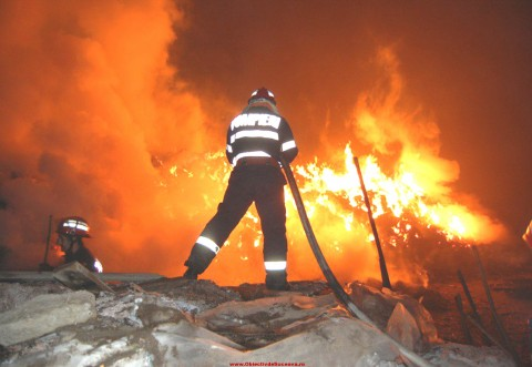 Prahova, mistuita de flacari. Peste 140 de incendii au avut loc in primele 6 luni ale anului